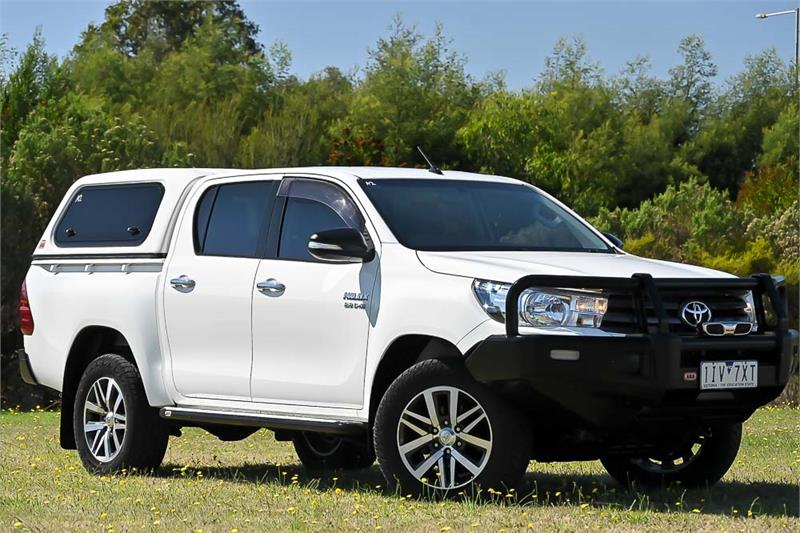2016 Toyota Hilux Thumbnail