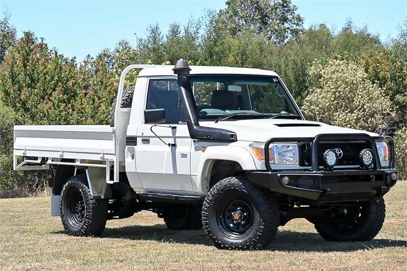 2012 Toyota Landcruiser Thumbnail