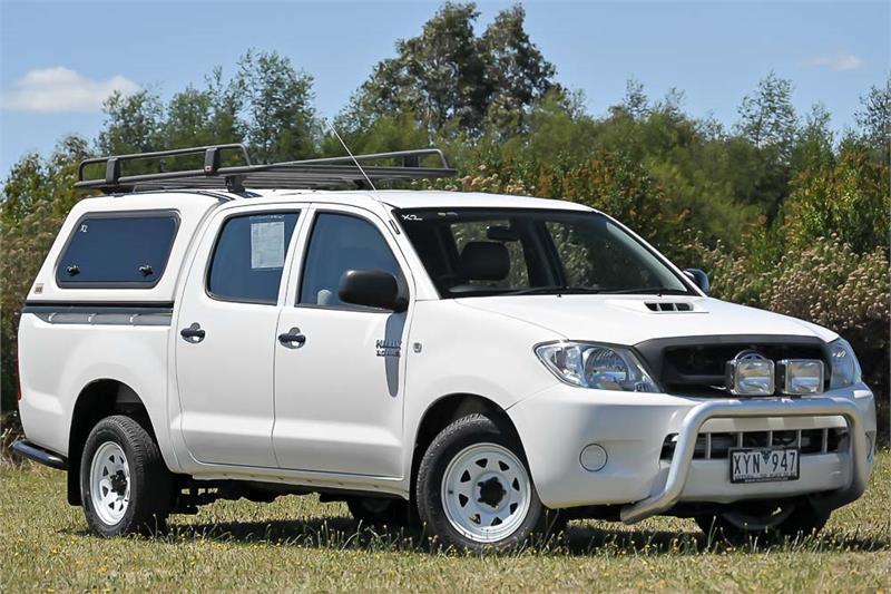 2010 Toyota Hilux Thumbnail