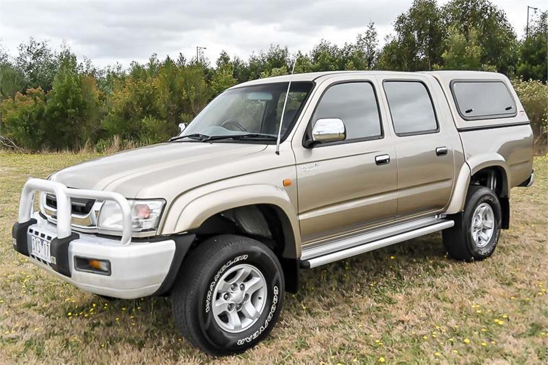 2004 Toyota Hilux Thumbnail