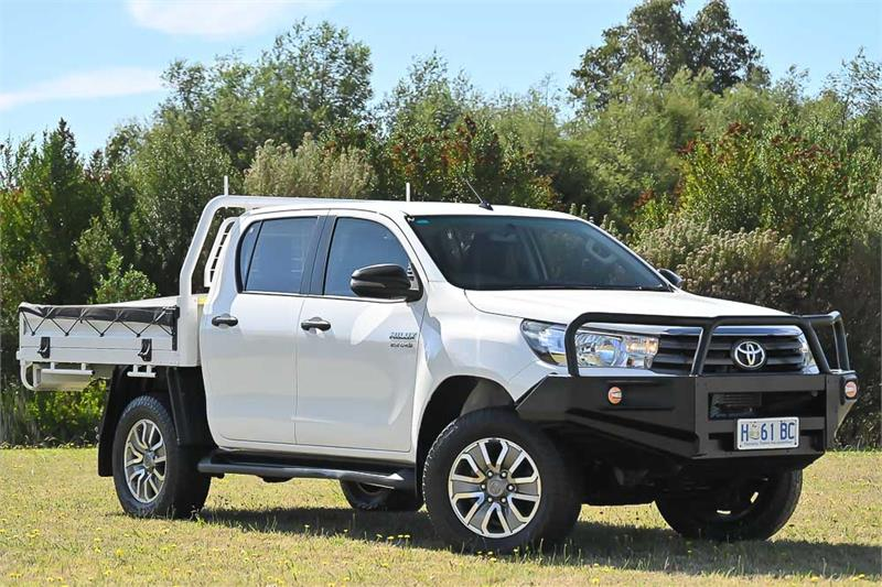 2017 Toyota Hilux Thumbnail